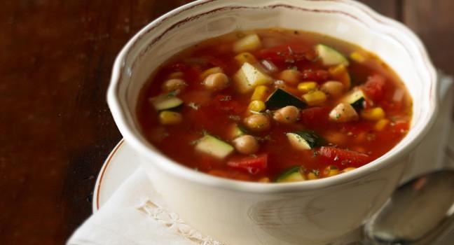 Soupe-repas aux pois chiches et au maïs