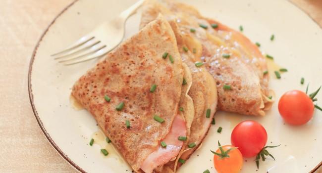 Galettes de sarrasin au jambon et au fromage emmenthal