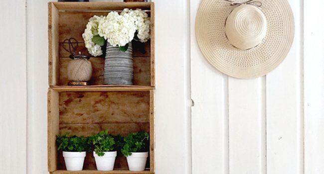 Étagère de jardinage en caisses de bois