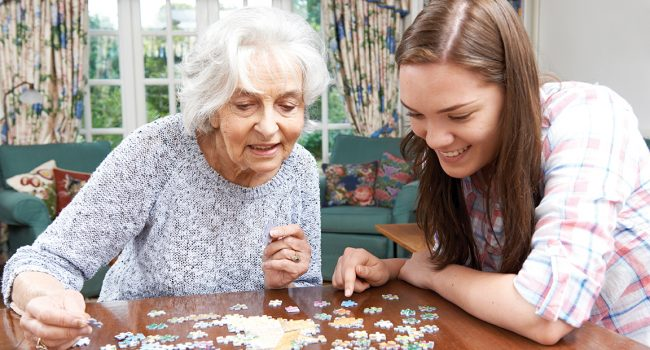 Cohabitation aînés et étudiants: pourquoi pas ?