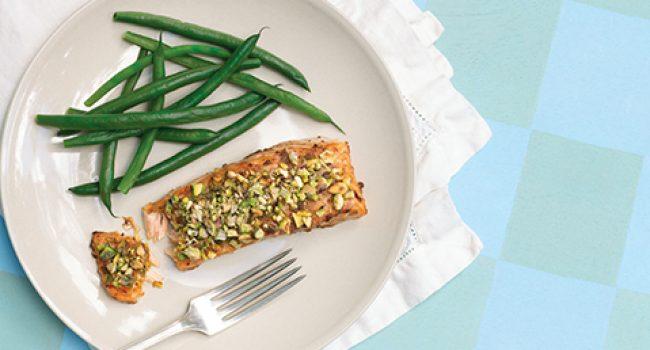Pavés de saumon en croûte de pistaches, style asiatique