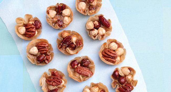 Mini-baklavas aux noisettes et pacanes